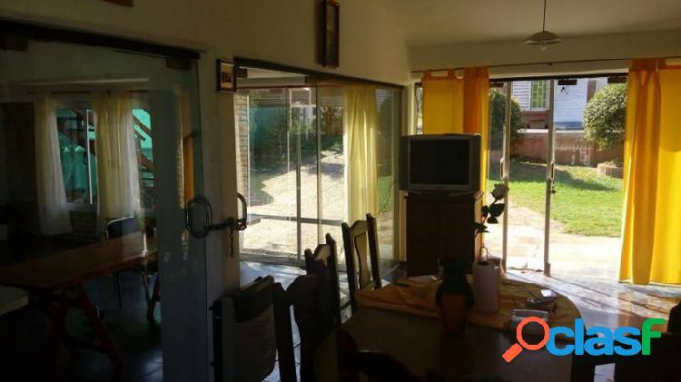 Oportunidad:Tres propiedades en un mismo terreno en Miguel Muñoz 2