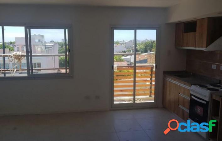 Ph monoambiente con balcon en venta