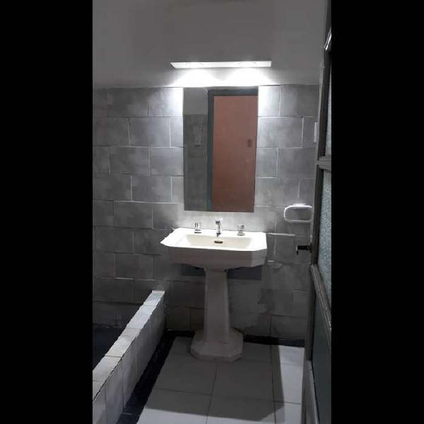 Casa interna 1 dormitorio zona norte- rosario