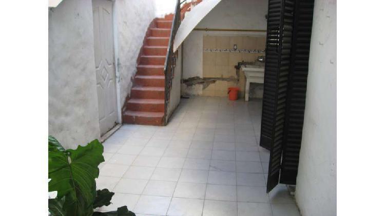 Olazabal 5400 pb - $ 30.000 - tipo casa ph alquiler