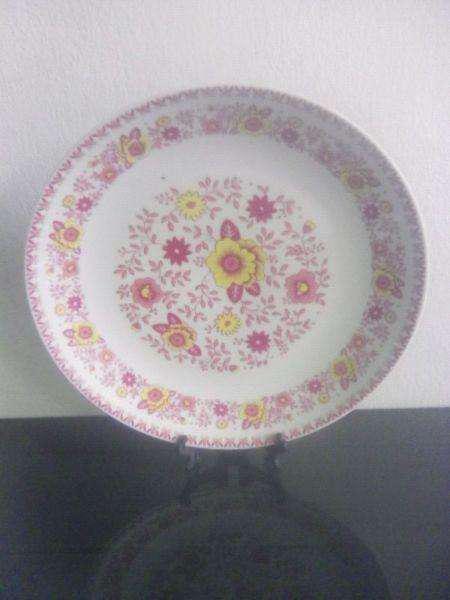 Plato antiguo porcelana marly
