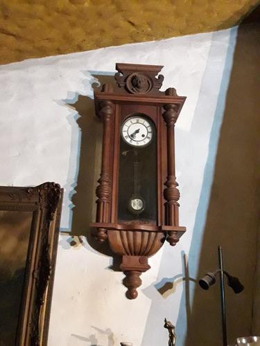 Reloj pared antiguo
