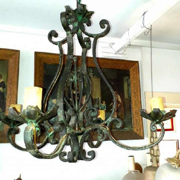 Araña antigua provenzal de hierro forjado pátina verde
