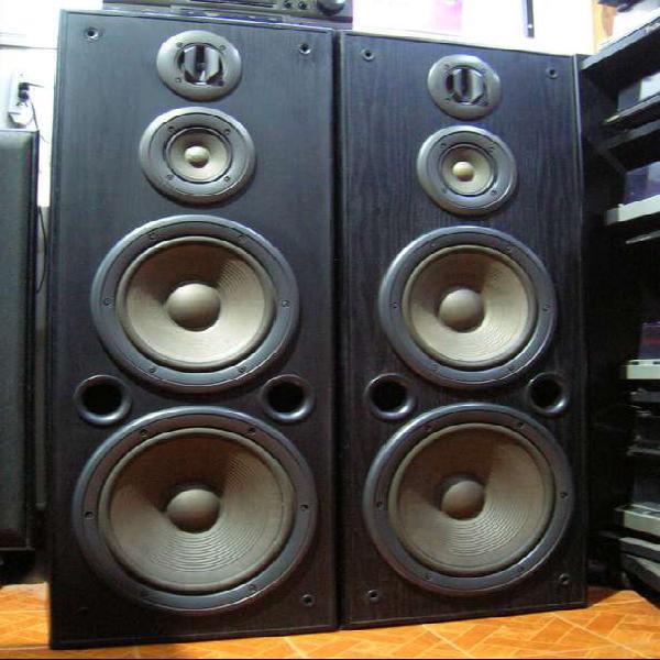 Bafles Parlantes Technics Sb-a38 Columnas Impecables!! 130w