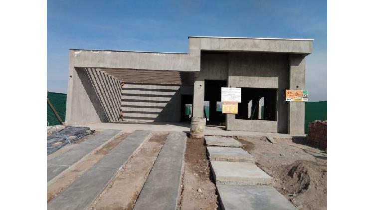 Casa 3 dormitorios b° alto terrada / calle terrada y paso /