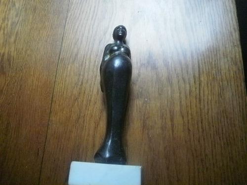 Escultura en bronce fabián galdamez
