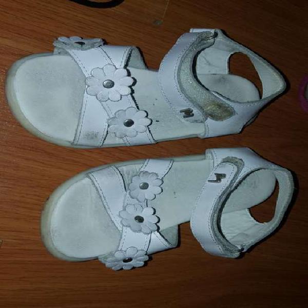 Lote sandalias nena