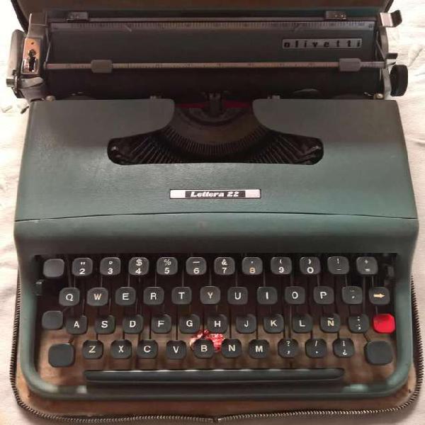 Maquina escribir olivetti lettera 22. excelente estado.