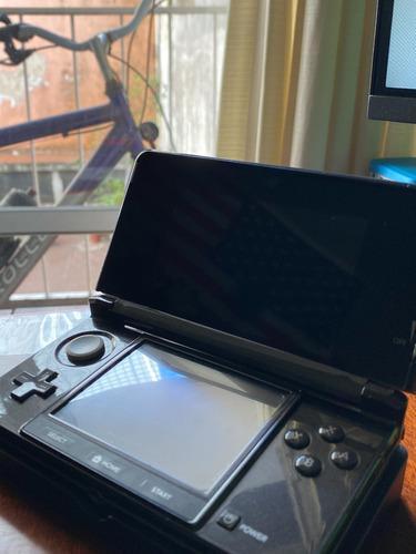 Nintendo 3ds + juegos - en buen estado!