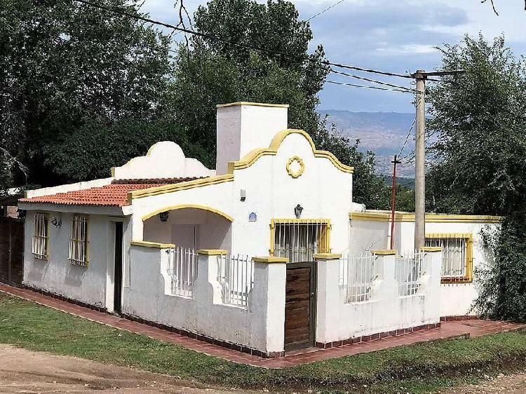 Casa de dos dormitorios en cura brochero