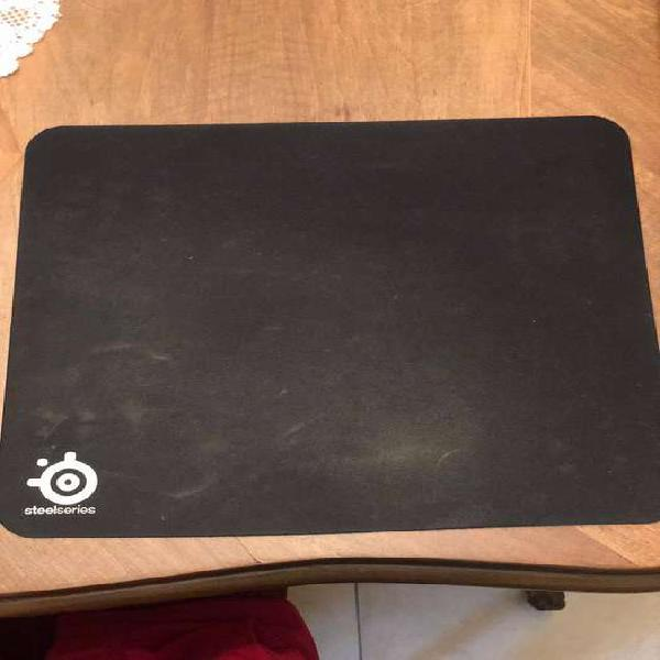 Mouse pad gamer steelseries qck+ poco uso igual a nuevo.