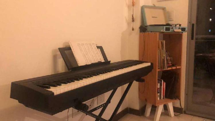 Piano yamaha digital piano p35 + pie + pedal