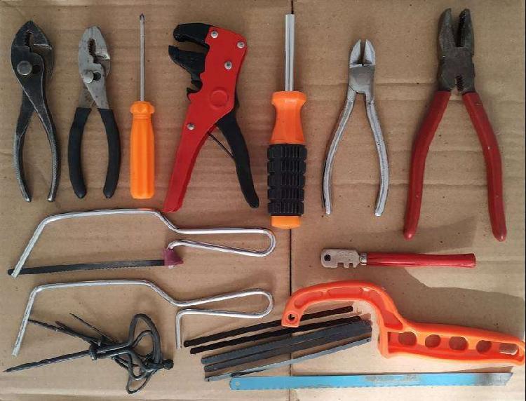 Set de herramientas y accesorios [varios]