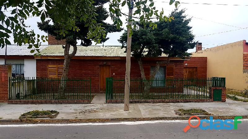 Dueño vende casa de dos dormitorios.