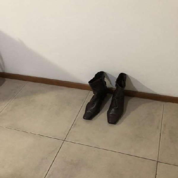 Botas color marron