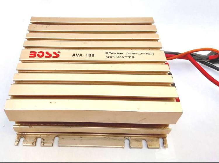Potencia boss ava-100 watts 2 canales moto usada