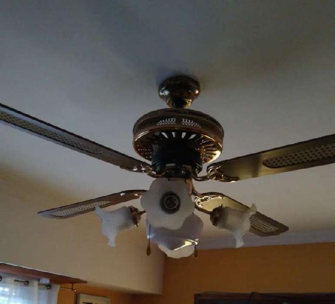 Ventilador de techo excelente estado