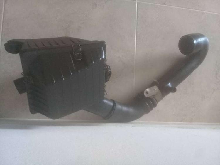 Vendo porta filtro de aire con manguera