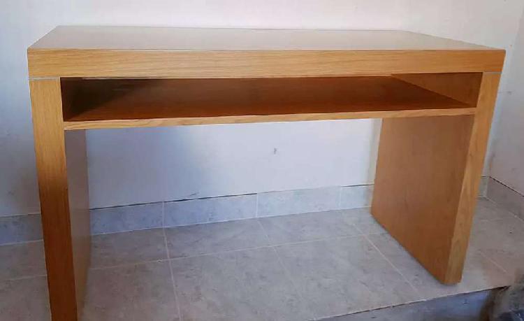 Mesa rosen laqueada madera casi nueva!