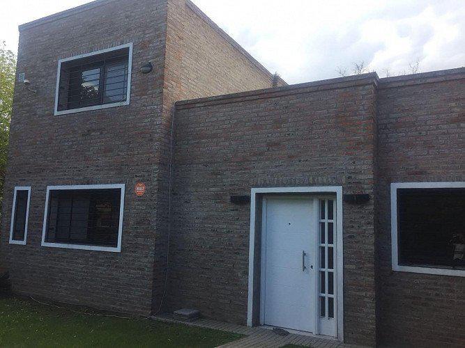 Casa en venta, pje. timbo 8800 (3 dormitorios)