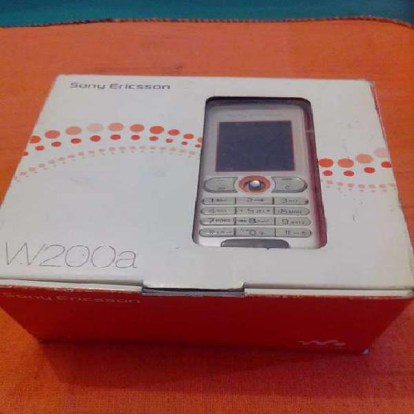 Sony ericsson w200 c walkman, sd, fm, cam c video, naveg web