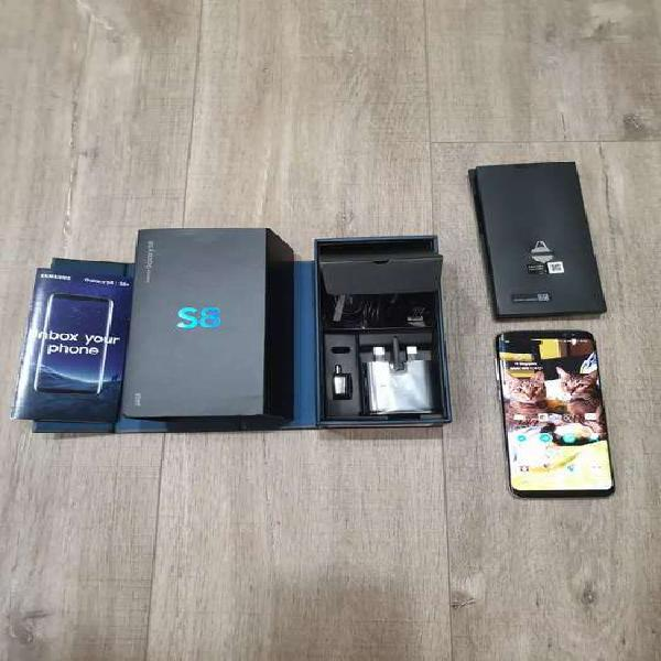 Samsung galaxy s8 libre de origen. casi nuevo. muy poco uso.