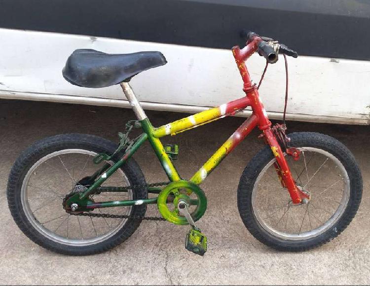 Bicicleta de niño rodado 14 usada en muy buen estado