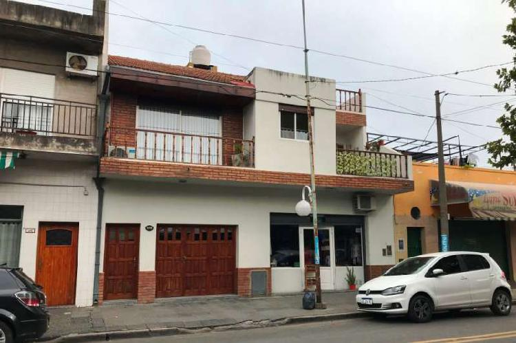 Casa en venta haedo / moron (a001 3771)