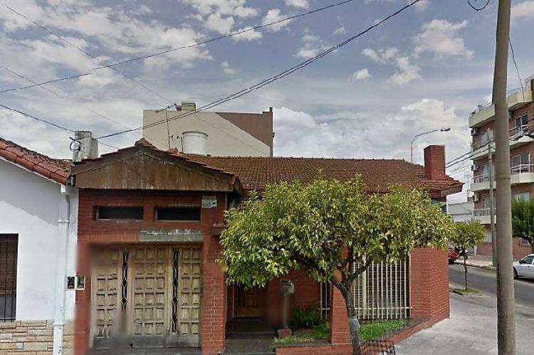 Casa en venta ramos mejia / la matanza (a108 6412)