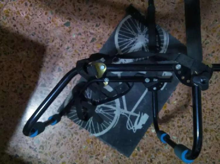 Porta bicicleta para auto. universal.