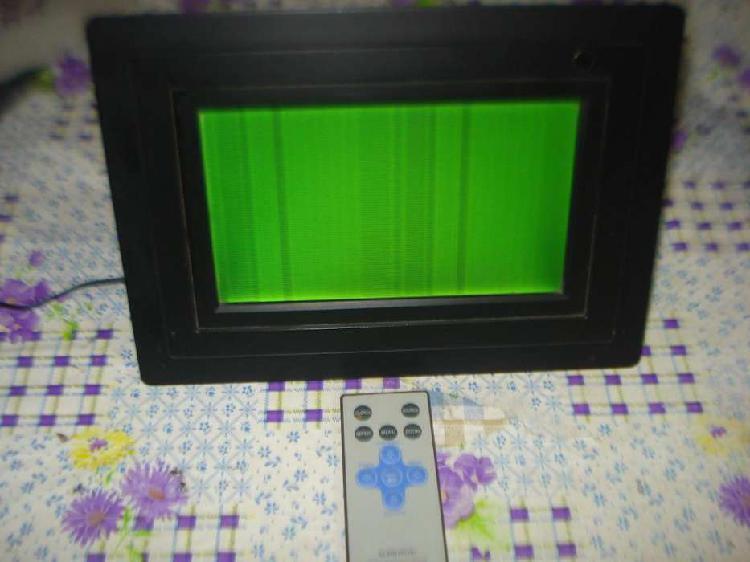 Portarretrato digital audiovox dpf 702 c/ctrl rem anda ma