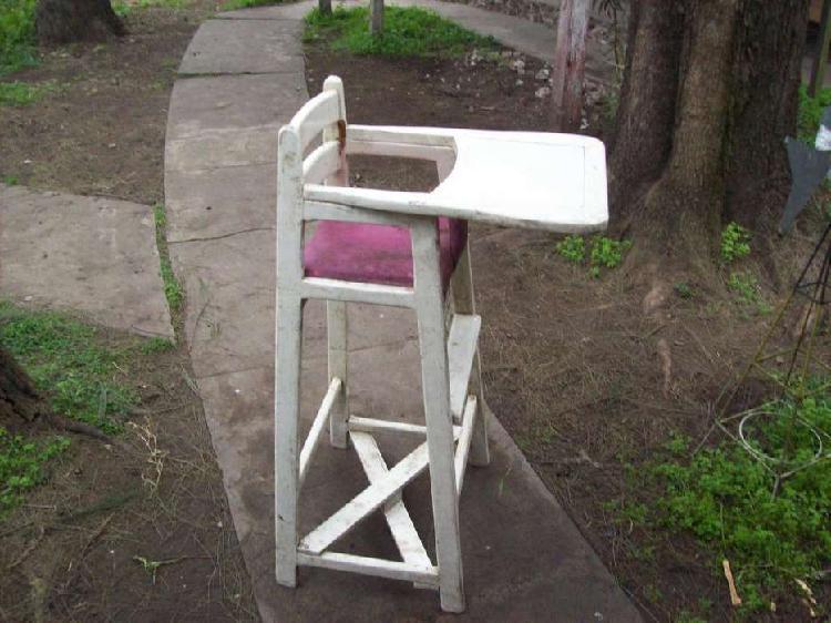 Sillita silla antigua para niño
