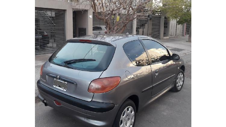 Vendo 206 modelo 2002 xrd full