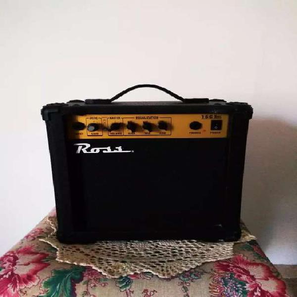 Amplificador de guitarra ross