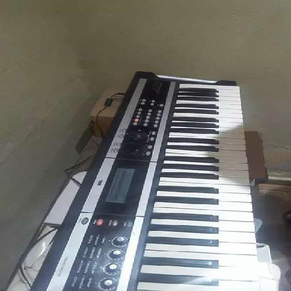 Sintetizador korg x 50
