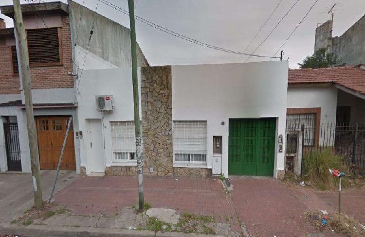 Casa ph en alquiler en ramos mejia norte