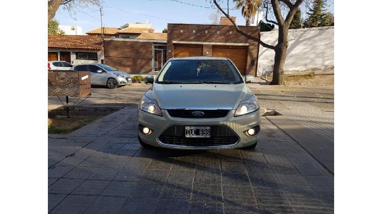 Ford focus ghia 2010 tope de gama