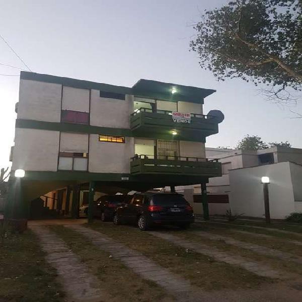 Edif. verde mar - departamento dos ambientes c/cochera