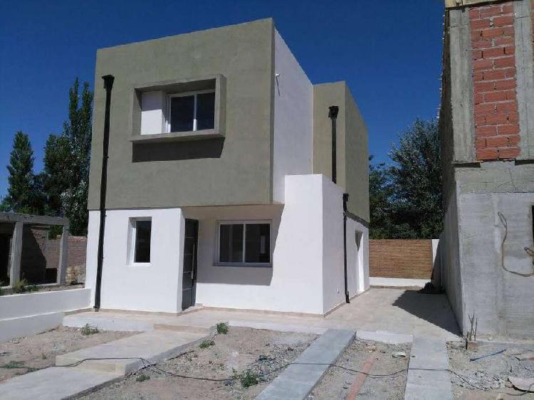 Duplex en venta neuquén