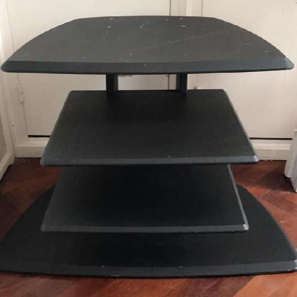 Mesa tv con estantes