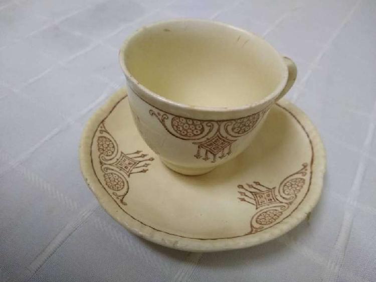 Taza + plato de cafe woods ivory ware england antigua leer