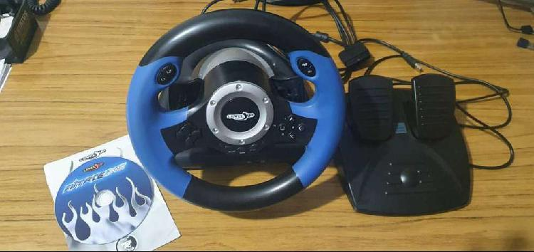Volante y pedales para juegos pc / ps2