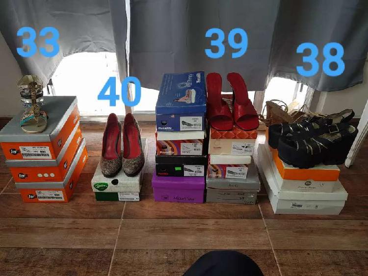 20 pares zapatos cómodos, tacos, ropa impecable.