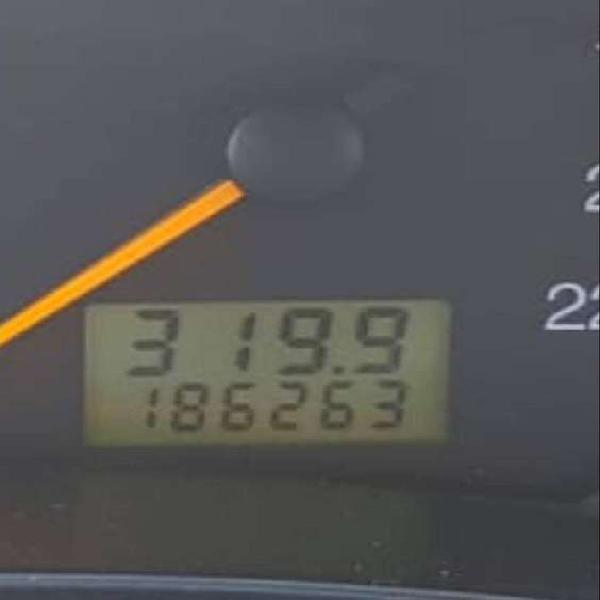 Vendo ford focus ghia mod.2005 5ta 186mil kms reales el mas