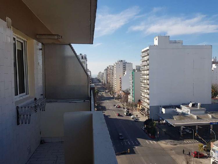 Departamento de 1 amb a la calle con balcon / zona la perla