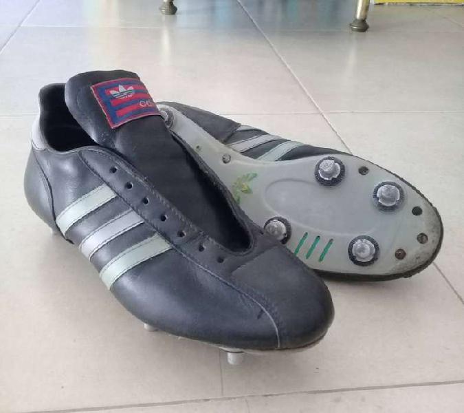 Botines Adidas 1984 - 6 tapones de acero