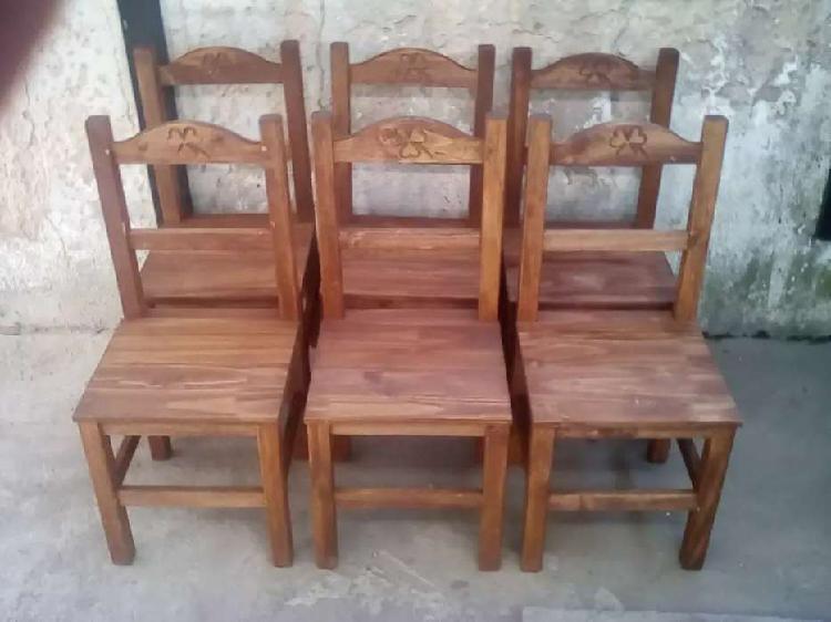 Juego de 6 sillas rectas en pino