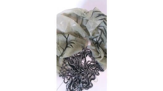 Pañuelo chalina gasa con flecos hilo de seda importado 2 m