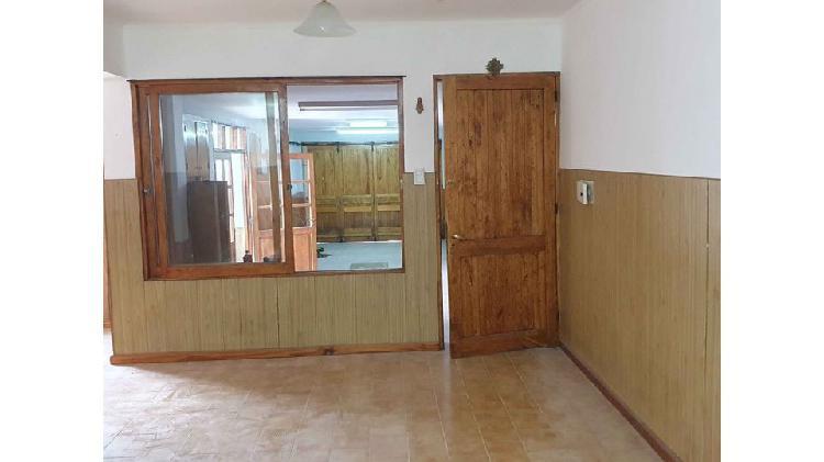 Casa 3 dormitorios y salón 30 m2 en venta - lujan de cuyo
