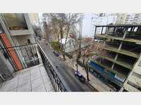 Venta - un ambiente dividido. balcon saliente